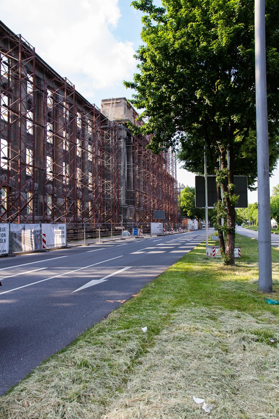 Neue Direktion Köln, Bauphase